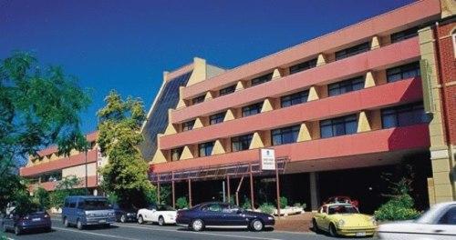 Adelaide Meridien Hotel - normal meeting venue